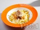 Рецепта Птиче гнездо - ястие с пилешки воденички, гъби, кашкавал и талятели на фурна